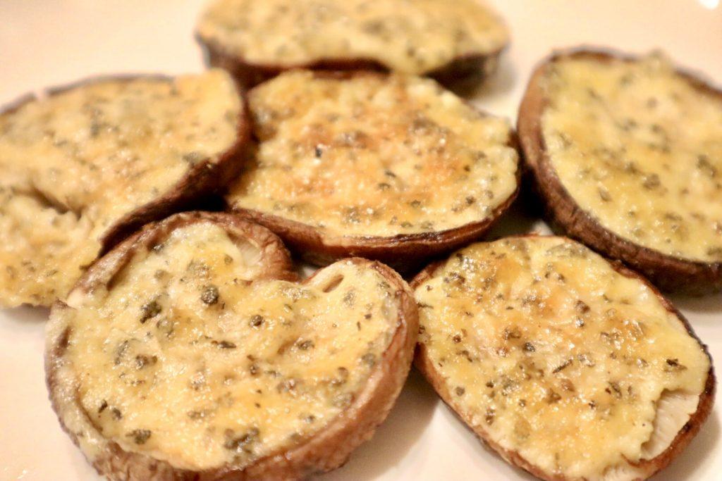 らでぃっしゅぼーやおためしセットの食材で作ったしいたけのバジルガーリックマヨ
